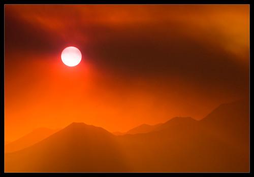 california landscape fire desert smoke sierranevada shotwithstevemendenhall nikkor18200mmf3556g