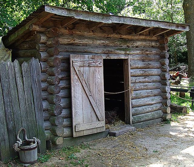 Yorktown  Colonial Farm  Chicken Coop