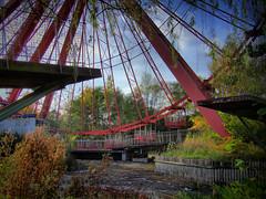Ferris wheel station (HDR)