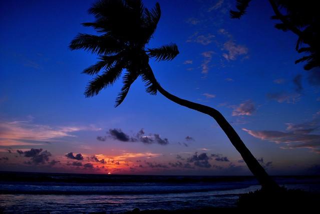 Windy day sunset (Fuvahmulah) Maldives