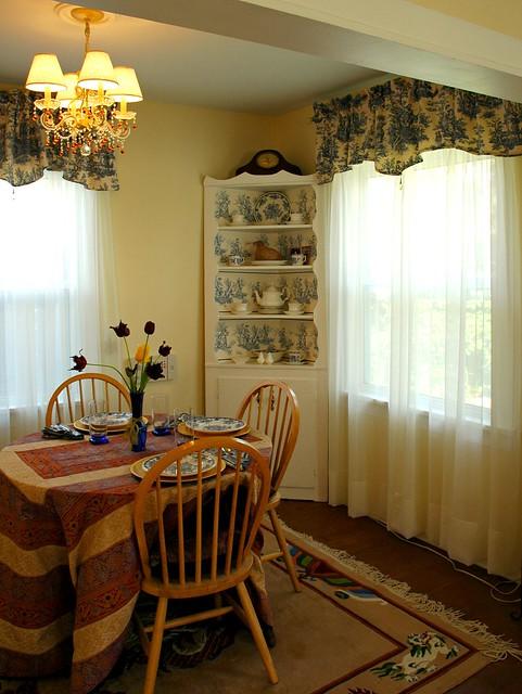Renovation: dining room
