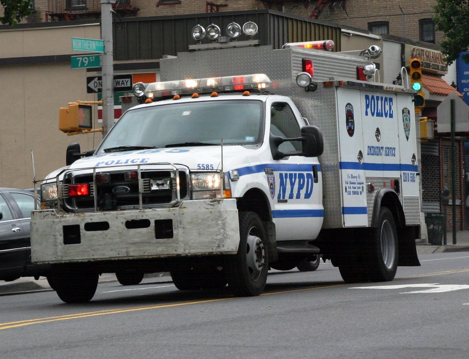 NYPD Emergency Services Unit ESU SWATRescue Truck 10