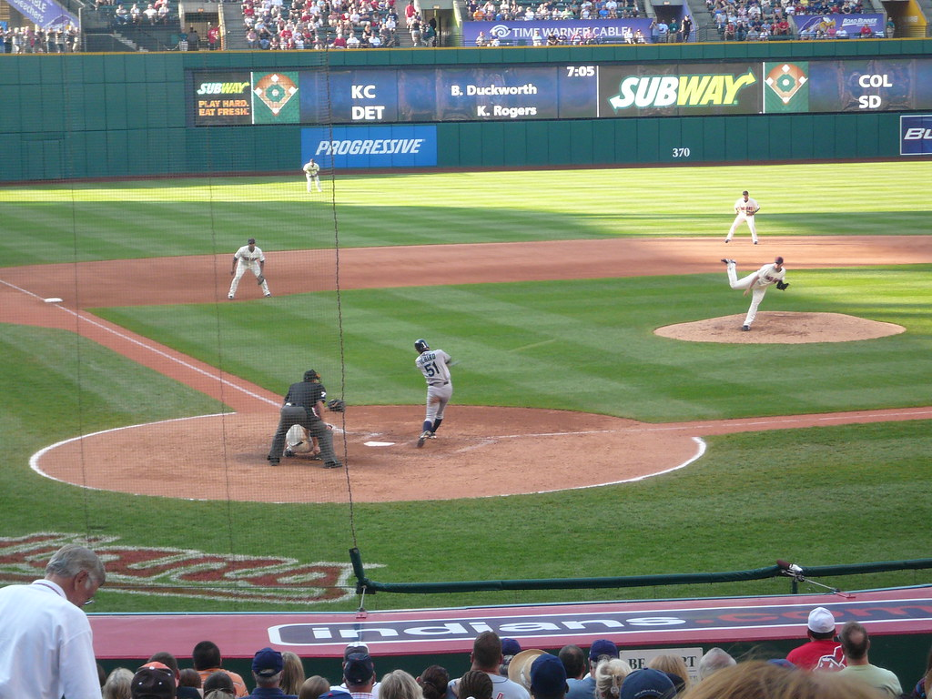 ichiro hits!