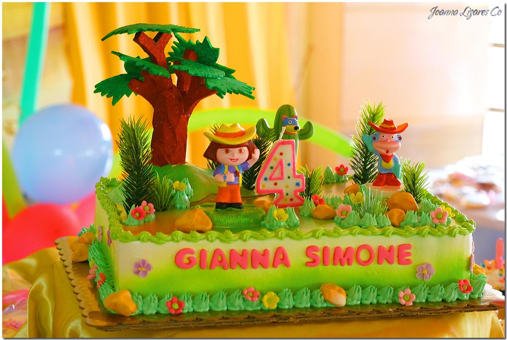 Birthday Cake Dora The Explorer If There S Something Th Flickr