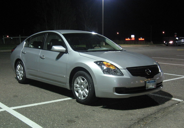 2009 Nissan Altima 1