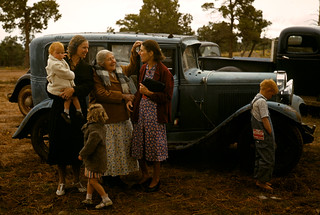 Russell Lee: Friends meeting at the Pie Town fair, New Mexico, 1940