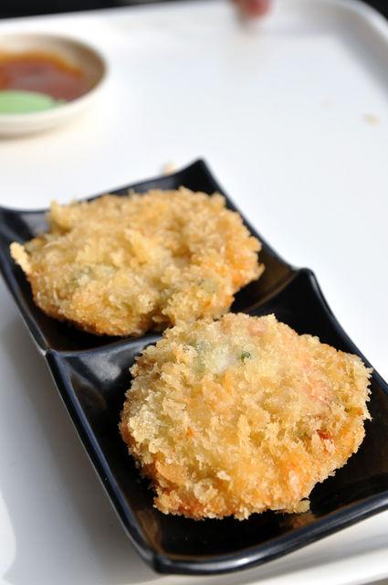 台南安平周氏蝦捲-黃金海鮮派,一份 NT$50