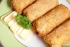 meal, breakfast, tonkatsu, panko, croquette, fried food, vegetarian food, chicken fingers, egg roll, rissole, korokke, schnitzel, food, dish, cuisine, fast food,