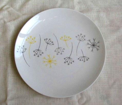 Diy project skinny laminx plate transfers design sponge for Ceramic mural making
