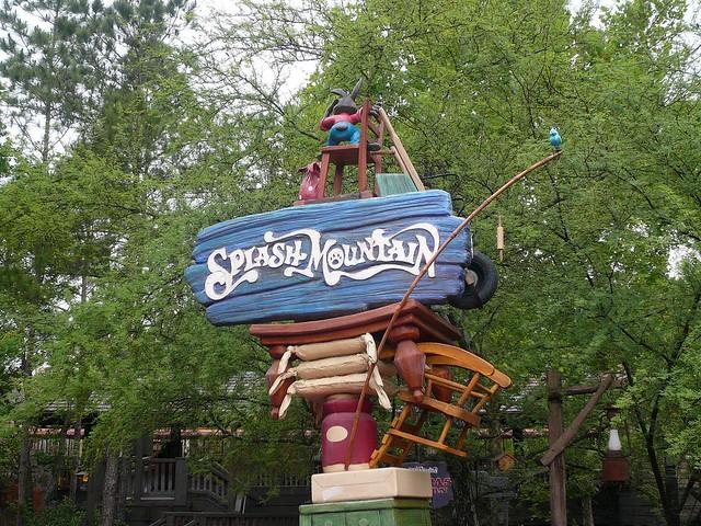 Splash Mountain Sign Frontierland Magic Kingdom Walt Disne ...