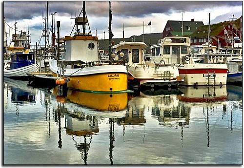 sunset marina reflections geotagged boats harbor interestingness harbour fishingboats faroeislands torshavn tórshavn explored faroese streymoy anawesomeshot liljan yearinfrance geo:lat=62013312 geo:lon=6756591