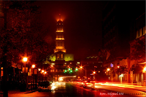 green lights downtown alexandria @ night... TGIF TO ALL!