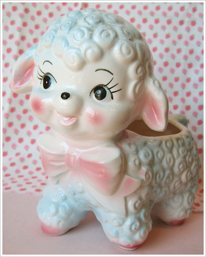 Vintage Lamb Planter by SmileRecipe