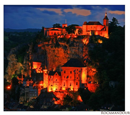 (471) Rocamadour / at nightfall