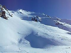 Shon skis down