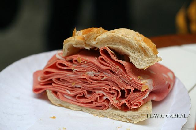 sanduiche de mortadela