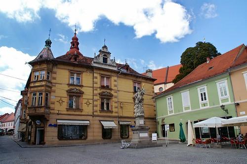 travel viaje architecture geotagged arquitectura slovenia slovenija eslovenia amount mestnitrg luciojosémartínezgonzález luciojosemartinezgonzalez almostanything globalbackpackers eeecotourism geo:lat=464195593333327 geo:lon=158717659999927