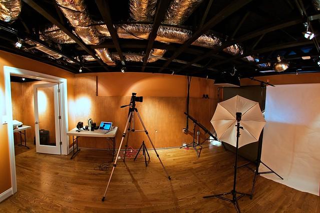 studio strobe setup