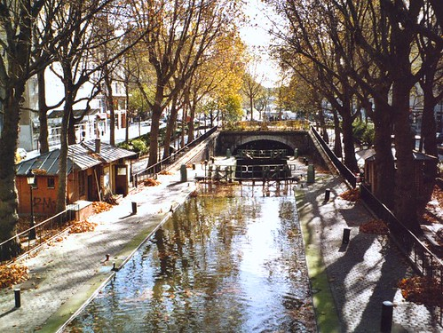Canal Saint-Martin's protected bike paths make a scenic route. Photo: Toi & Moi