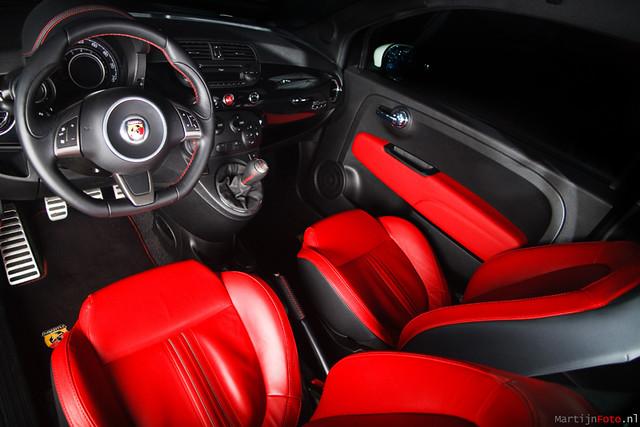 Fiat 500 abarth interior a photo on flickriver for Interior 500 abarth