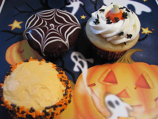 'Halloween Cupcakes' by tawest64