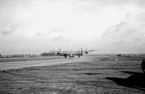 Avro York 04