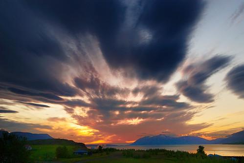 sunset landscape island iceland d200 akureyri goldenglobe sólarlag flickrsbest mywinners anawesomeshot