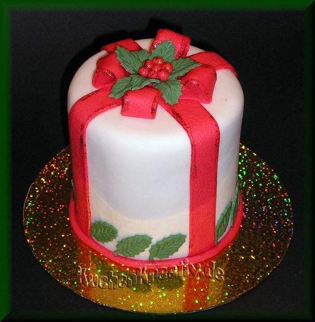 Christmas Fruit cake red