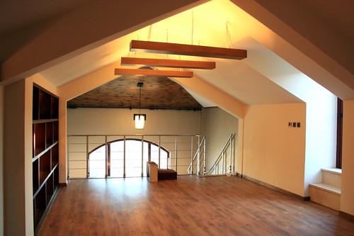 Case la mansarda butta fuori il loft siciliatoday for Garage con piani loft gratuito