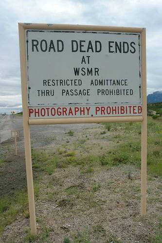 Fotografías prohibidas, no parar, no dar la vuelta ... llegábamos al final de la carretera sin saber qué nos encontraríamos. white sands, un desierto único que cambió el mundo - 2528602084 174938f5c9 - White Sands, un desierto único que cambió el mundo