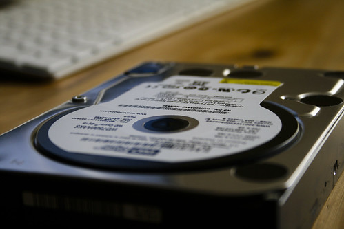 Photo:Western Digital WD7500AAKS (2) By:William Hook