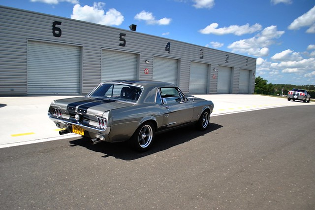 les voitures dans le sud ouest page 129 photos voitures de sport forum collections. Black Bedroom Furniture Sets. Home Design Ideas