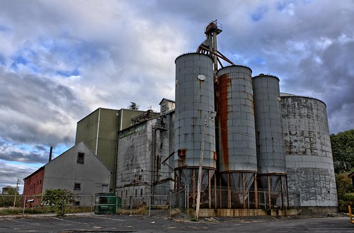 abandoned canon rusty silos hdr xsi fitchburg 3exp 450d farmerscoop