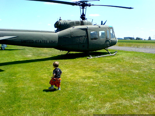 sequoia checking out a bell / huey helicopter   DSC00935