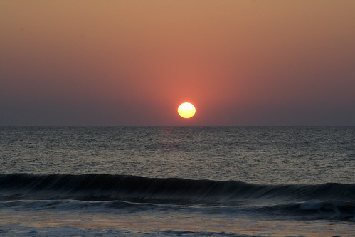 beach sunrise outerbanks