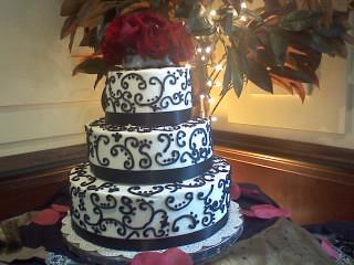 black and white wedding cake | Flickr - Photo Sharing!