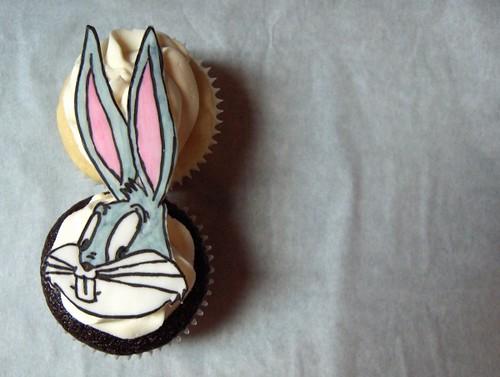 Bugs Bunny Cupcake