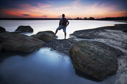 longexposure sunset sea cloud mer selfportrait beach water landscape autoportrait stones shore erick paysage coucherdesoleil lowepro guyane 973 frenchguiana canonef1740mmf4l guyanefrançaise 97300 loitiere loweproflipside300 erickloitière singhrayreversedgnd darylbensonfilters lee105mmpolarizer ricoliki explore1thankyou