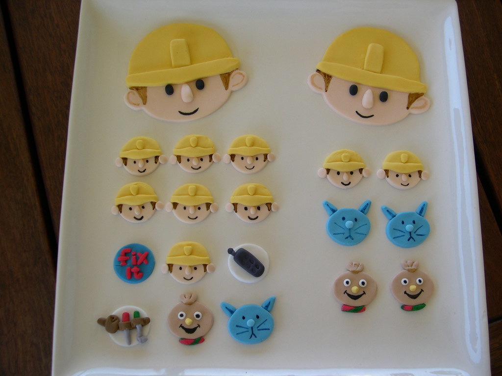 Mossys Masterpiece Bob The Builder Cakecupcake Toppers A Photo