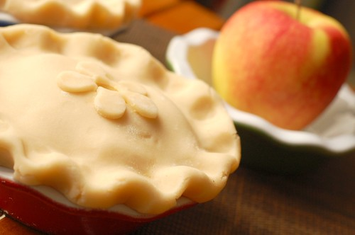 Honeycrisp apple pies - assembled