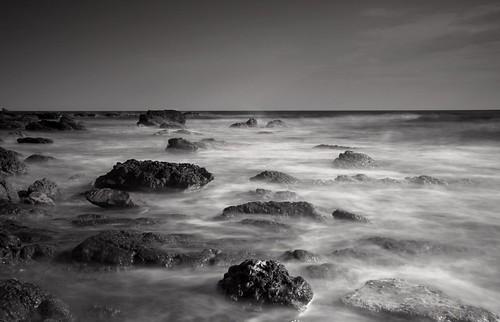 longexposure sea bw mer france landscape marseille nikon d70 nb maritime cote paysage rocher bleue nd400 mediterranée francelandscapes