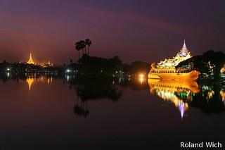 Yangon - Shwedagon Pagoda and Karaweik Palace