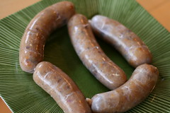 weisswurst(0.0), sausage(1.0), frankfurter wã¼rstchen(1.0), vienna sausage(1.0), boudin(1.0), boerewors(1.0), food(1.0), breakfast sausage(1.0), kielbasa(1.0), bratwurst(1.0),