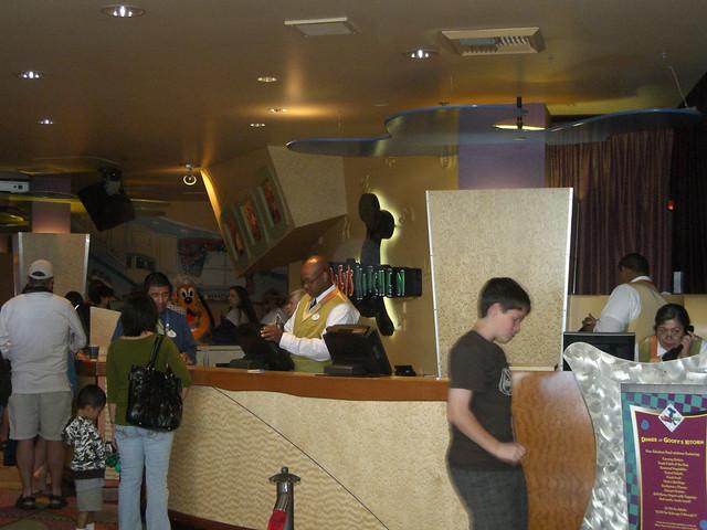 Goofy 39 S Kitchen Disneyland Hotel Flickr Photo Sharing