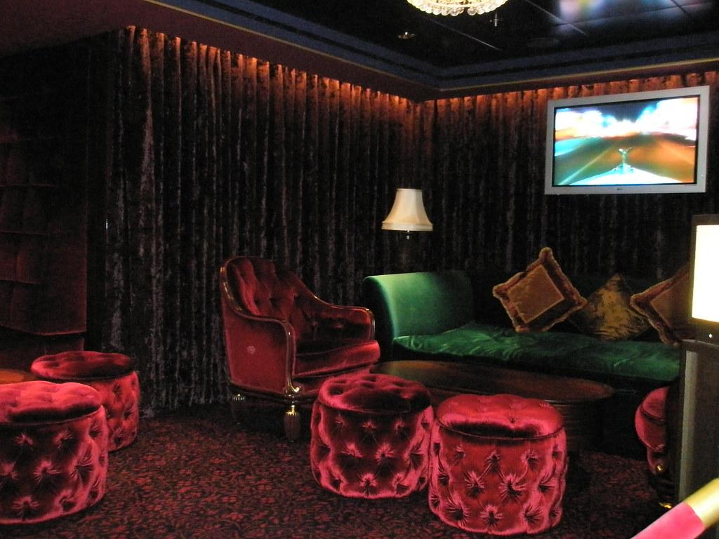 Strange Ultra Bliss Lounge Aboard The Norwegian Pearl Ultra Bliss Pdpeps Interior Chair Design Pdpepsorg