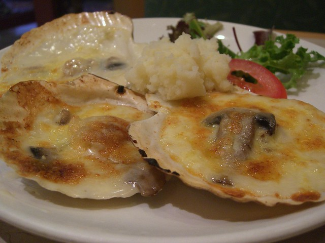 芝士白菌炬带子 Baked Scallops with Cheese - New Age HK Cafe ...