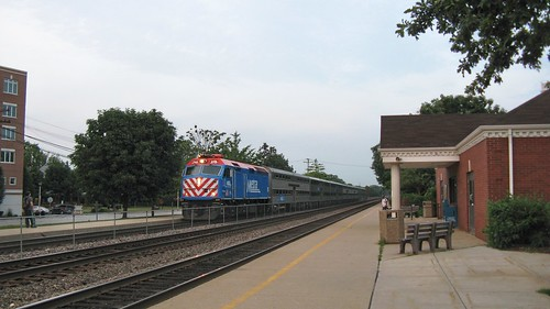 Westbound Metra comuter local arriving at the Metra Brookfield commuter rail station. Brookfield Illinois. July 2008. by Eddie from Chicago