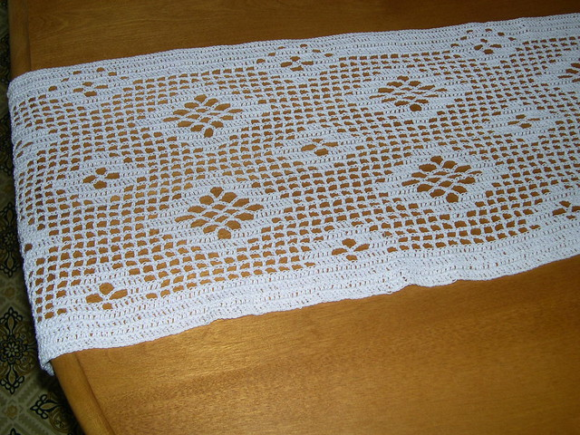 Crochet Patterns Table Runner : Filet Crochet Table Runner Flickr - Photo Sharing!