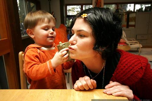 the frog on the mug is kissing mom    MG 2885