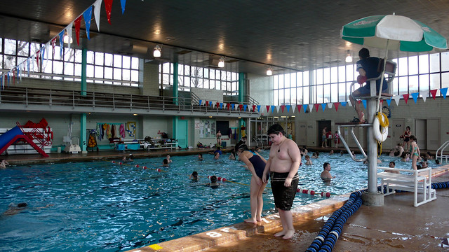 Welles Park Has A Public Indoor Swimming Pool Flickr Photo Sharing